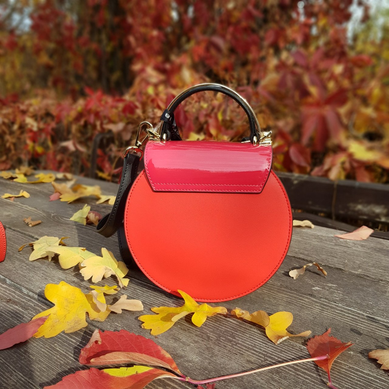 Женская кожаная сумка Cromia 1404690 ROSSO из натуральной кожи
