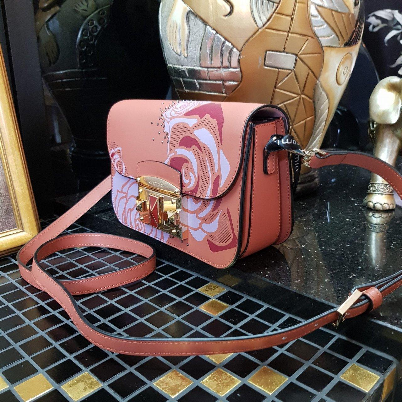 Женская кожаная сумка Cromia 1404695 CUOIO из натуральной кожи