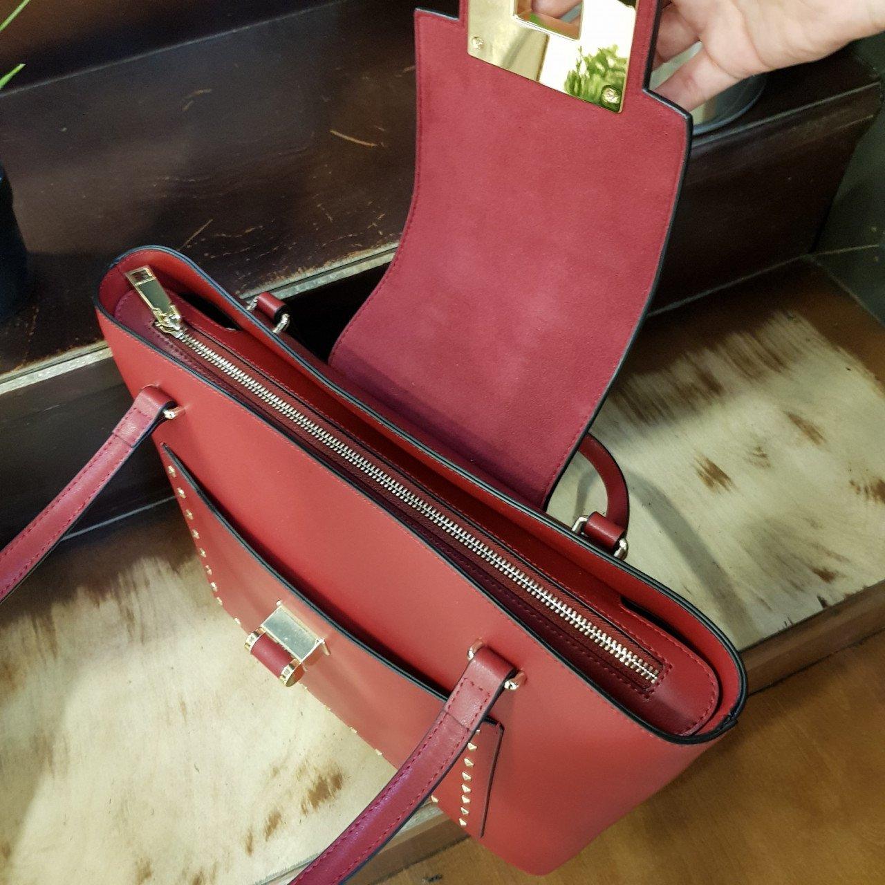 Женская кожаная сумка Cromia 1404704 BORDEAUX из натуральной кожи