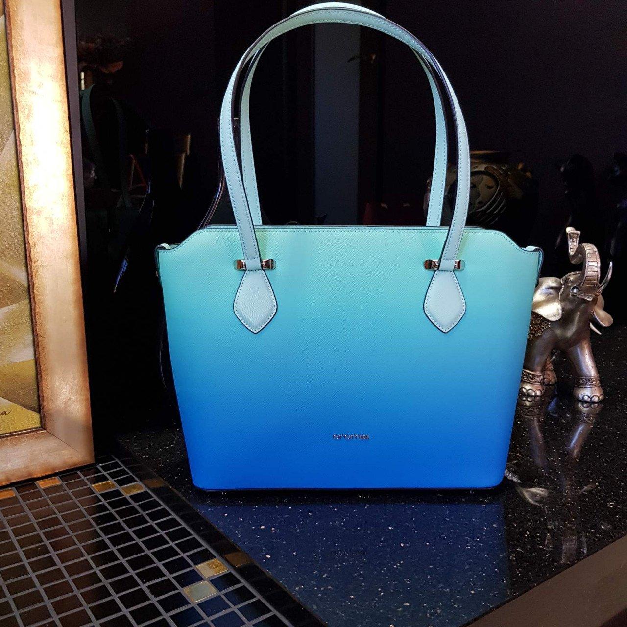 Женская кожаная сумка Cromia 1404473 VERDE