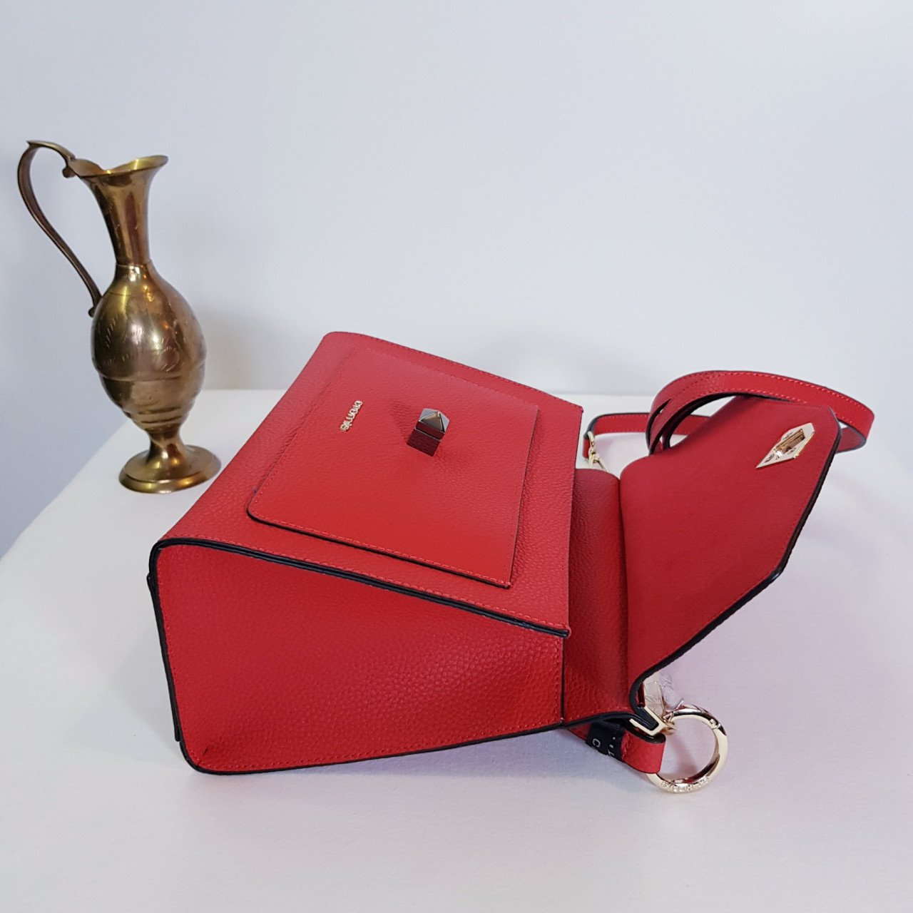 Женская кожаная сумка Cromia 1404832 ROSSO из натуральной кожи