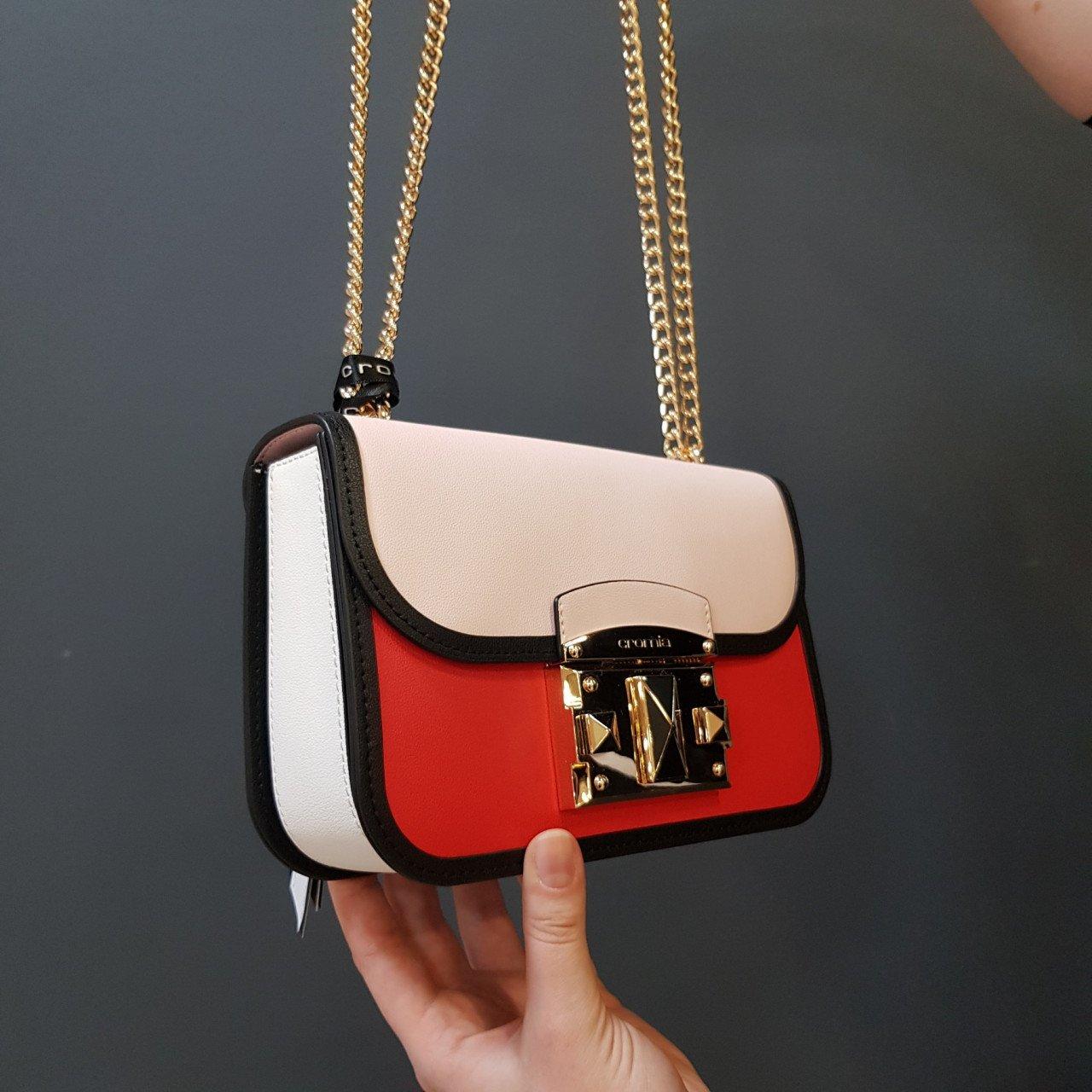 Женская кожаная сумка Cromia 1404847 ROSSO из натуральной кожи