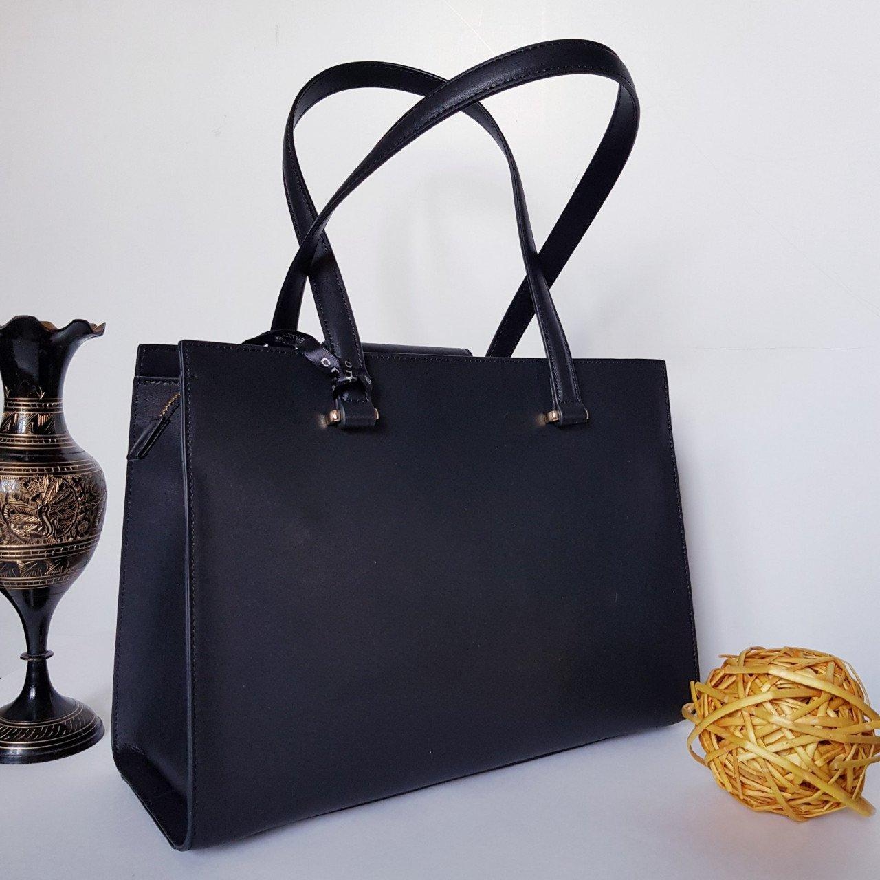 Женская кожаная сумка Cromia 1404854 NERO из натуральной кожи