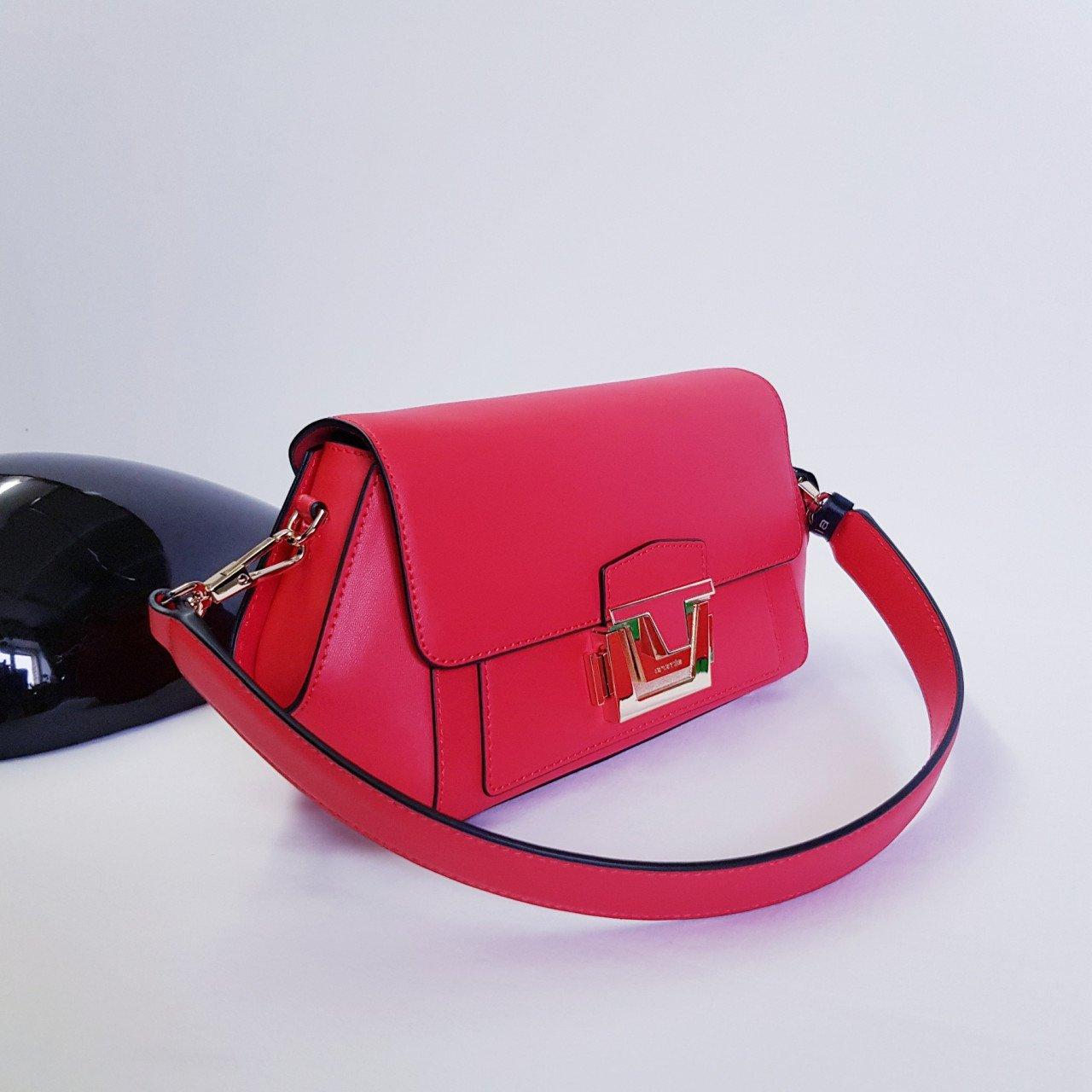 Женская кожаная сумка Cromia 1404857 ROSSO из натуральной кожи