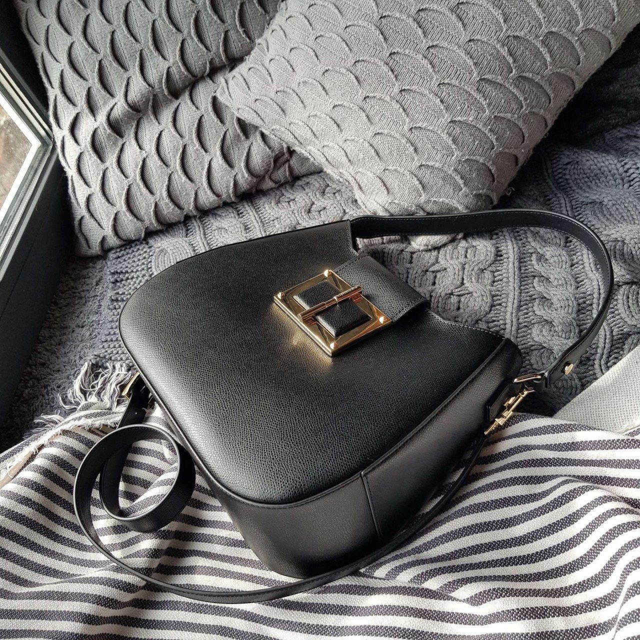 Женская кожаная сумка Cromia 1404860 NERO из натуральной кожи