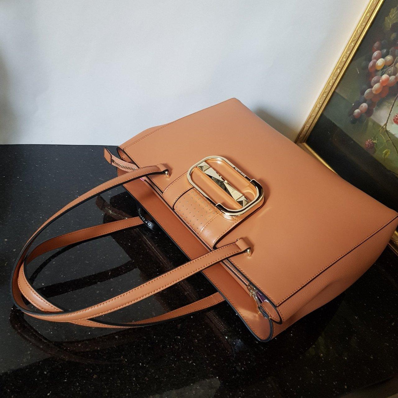 Женская кожаная сумка Cromia 1404873 CUOIO из натуральной кожи