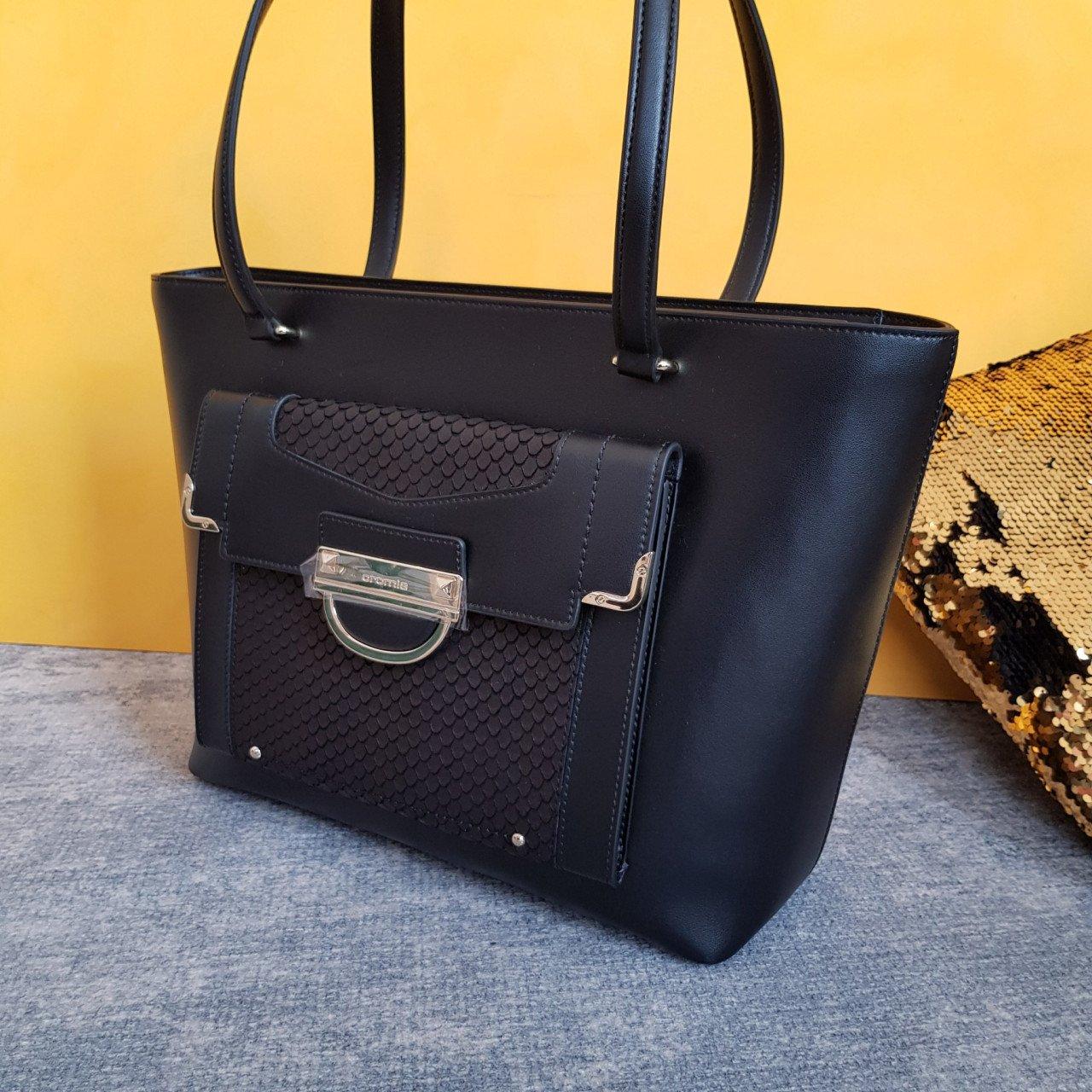 Женская кожаная сумка Cromia 1404890 NERO из натуральной кожи